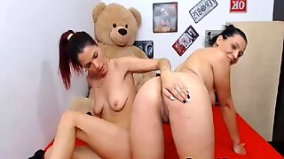 Two Lesbian Hottie Loves To Drill Each Other Pussy