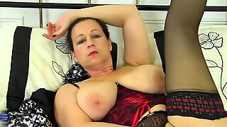 Natural busty mature mother with amazing ass