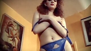 CHINA IN YOUR HAND - vintage redhead stockings striptease
